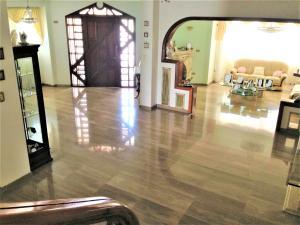 Casa En Venta En Caracas - Caurimare Código FLEX: 17-4649 No.6