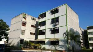 Apartamento En Venta En Municipio San Diego, Monteserino, Venezuela, VE RAH: 17-4189