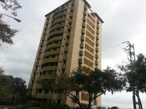 Apartamento En Venta En Valencia, Guataparo, Venezuela, VE RAH: 17-4195