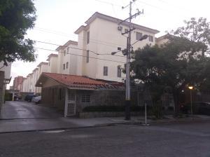 Apartamento En Venta En Municipio Naguanagua, La Granja, Venezuela, VE RAH: 17-4222