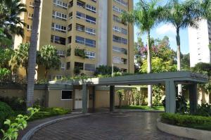 Apartamento En Venta En Caracas, Los Naranjos Del Cafetal, Venezuela, VE RAH: 17-4232