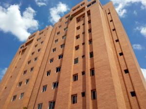 Apartamento En Venta En Caracas, Montecristo, Venezuela, VE RAH: 17-4239