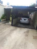 Casa En Venta En Cabimas, Zulia, Venezuela, VE RAH: 17-4276