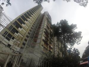 Apartamento En Venta En Caracas, El Valle, Venezuela, VE RAH: 17-4280