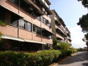 Apartamento En Venta En Guarenas, Ciudad Casarapa, Venezuela, VE RAH: 17-4281