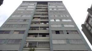 Apartamento En Venta En Caracas, Manzanares, Venezuela, VE RAH: 17-4287