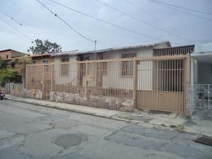 Casa En Venta En Barquisimeto, Avenida Libertador, Venezuela, VE RAH: 17-4291