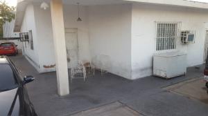 Casa En Venta En Maracaibo, Circunvalacion Uno, Venezuela, VE RAH: 17-4323