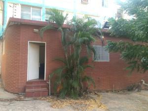 Apartamento En Venta En Maracaibo, Pomona, Venezuela, VE RAH: 17-4320