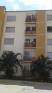 Apartamento En Venta En Municipio San Diego, Valles Del Nogal, Venezuela, VE RAH: 17-4338