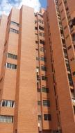 Apartamento En Venta En Maracaibo, Valle Frio, Venezuela, VE RAH: 17-4339