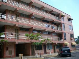 Apartamento En Ventaen Higuerote, Higuerote, Venezuela, VE RAH: 17-4387