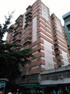 Apartamento En Venta En Caracas, Parroquia La Candelaria, Venezuela, VE RAH: 17-4388