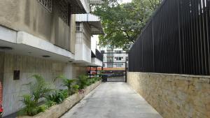 Apartamento En Venta En Caracas, La Florida, Venezuela, VE RAH: 17-4394