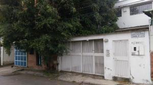 Galpon - Deposito En Venta En Caracas, Los Chorros, Venezuela, VE RAH: 17-4493