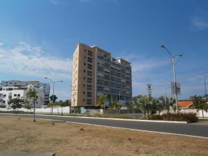 Apartamento En Venta En Higuerote, Puerto Encantado, Venezuela, VE RAH: 17-4689