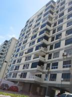 Apartamento En Venta En La Guaira, Macuto, Venezuela, VE RAH: 17-4523