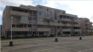Apartamento En Venta En Caracas, Bosques De La Lagunita, Venezuela, VE RAH: 17-4530