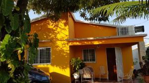 Casa En Venta En Maracaibo, Los Claveles, Venezuela, VE RAH: 17-4980