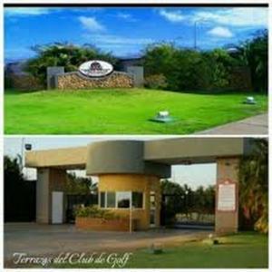 Terreno En Venta En Punto Fijo, Terrazas Club De Golf, Venezuela, VE RAH: 17-4541