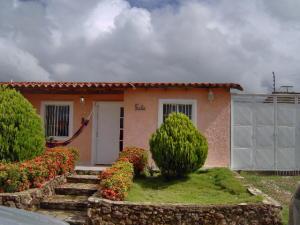 Casa En Venta En Margarita, Avenida Juan Bautista Arismendi, Venezuela, VE RAH: 17-4563