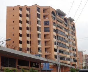 Apartamento En Venta En Valencia, Agua Blanca, Venezuela, VE RAH: 17-4567