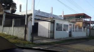Casa En Venta En Tacarigua, Tacarigua, Venezuela, VE RAH: 17-4574