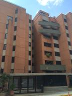 Apartamento En Venta En Caracas, La Tahona, Venezuela, VE RAH: 17-4575
