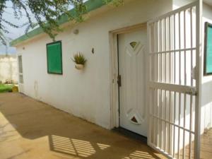 Casa En Venta En Punto Fijo, Guanadito, Venezuela, VE RAH: 17-4583