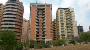 Apartamento En Venta En Valencia, La Trigaleña, Venezuela, VE RAH: 17-4587
