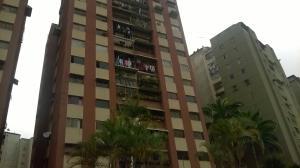 Apartamento En Venta En Los Teques, Municipio Guaicaipuro, Venezuela, VE RAH: 17-5256