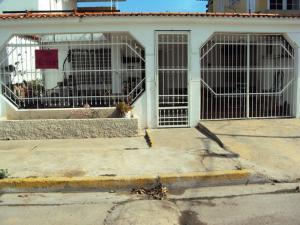 Casa En Venta En Palo Negro, El Orticeño, Venezuela, VE RAH: 17-4593