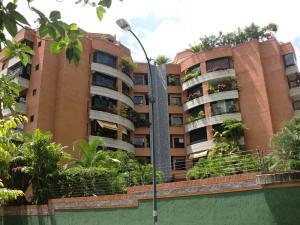 Apartamento En Alquiler En Caracas, Campo Alegre, Venezuela, VE RAH: 17-4618