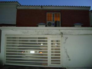 Casa En Ventaen Caracas, Santa Ines, Venezuela, VE RAH: 17-4227