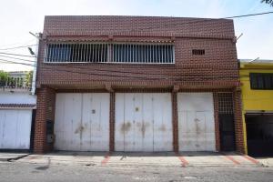 Apartamento En Venta En Catia La Mar, La Atlantida, Venezuela, VE RAH: 17-4631