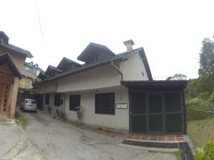 Casa En Venta En Caracas, Hoyo De La Puerta, Venezuela, VE RAH: 17-4638