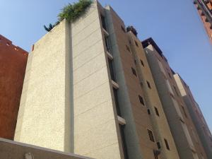 Apartamento En Venta En Maracaibo, Avenida Baralt, Venezuela, VE RAH: 17-4648