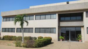 Galpon - Deposito En Alquiler En Maracaibo, Carretera A Perija, Venezuela, VE RAH: 17-4643