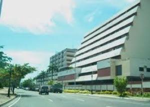 Consultorio Medico  En Venta En Valencia, Centro, Venezuela, VE RAH: 17-4833