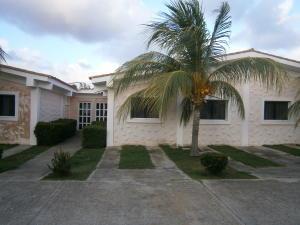 Casa En Venta En Chichiriviche, Flamingo, Venezuela, VE RAH: 17-4715