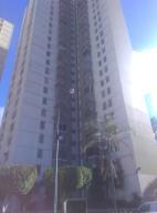 Apartamento En Venta En Caracas, Los Samanes, Venezuela, VE RAH: 17-4657