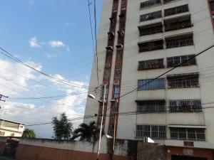 Apartamento En Venta En Maracay, La Maracaya, Venezuela, VE RAH: 17-4662