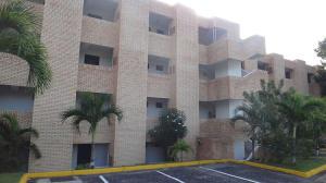Apartamento En Venta En Higuerote, Higuerote, Venezuela, VE RAH: 17-4722