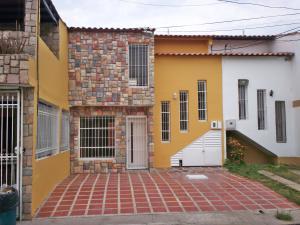 Casa En Ventaen Cagua, Ciudad Jardin, Venezuela, VE RAH: 17-4696