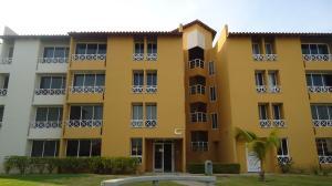 Apartamento En Venta En Lecheria, Av Diego Bautista Urbaneja, Venezuela, VE RAH: 17-4736