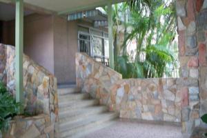 Oficina En Alquiler En Valencia, Terrazas De Los Nisperos, Venezuela, VE RAH: 17-4748