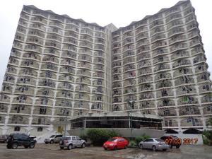 Apartamento En Venta En Caracas, El Paraiso, Venezuela, VE RAH: 17-4753