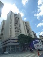 Apartamento En Venta En Caracas, Parroquia Altagracia, Venezuela, VE RAH: 17-4815