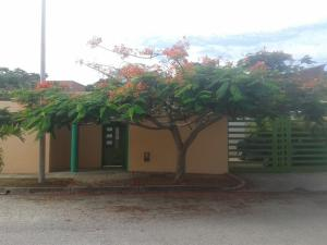 Casa En Venta En Margarita, Playa El Angel, Venezuela, VE RAH: 17-4785