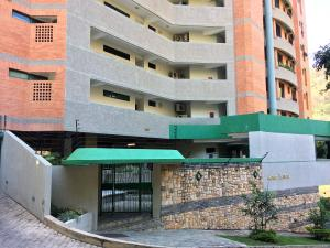 Apartamento En Alquiler En Valencia, El Parral, Venezuela, VE RAH: 17-4800